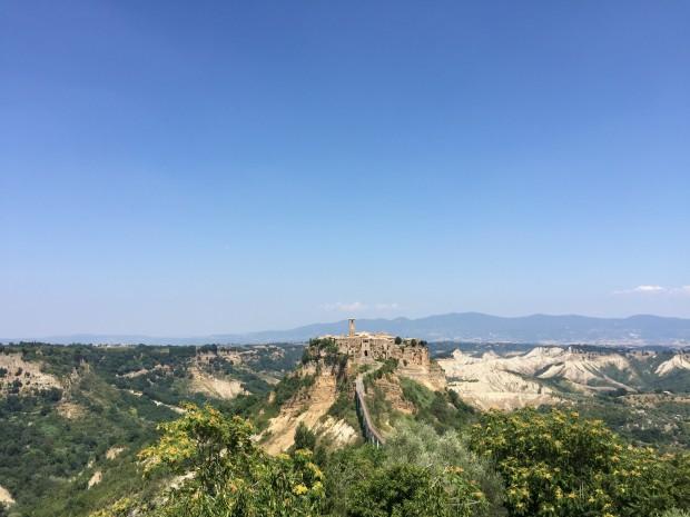 Civita de Bagnoregio in Italië. Bijna geheel verlaten, maar 's zomers vol met toeristen.