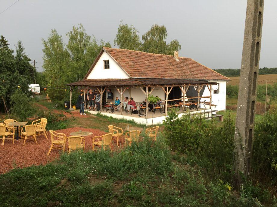 Bedepuszta in Hongarije. Een creatieve ondernemer blaast nieuw leven in dit afgelegen dorp.