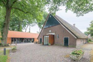 Zandstrooiboerderij Schoonebeek