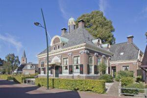 Voormalig gemeentehuis – Rolde