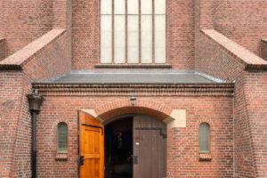 Subsidie voor proef met pop up-hotelkamers in Friese kerken